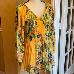 Spense floral print yellow tunic size large
